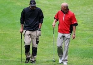 Uhyre praktisk med snekkerbukser på golfbanen, for da kan baller, pegger, greengaffel, blyant og scorkort alle ha sin egen lomme.